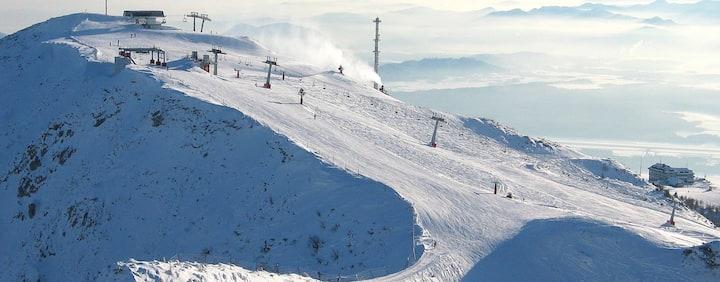 Studio right next to the ski slopes Krvavec