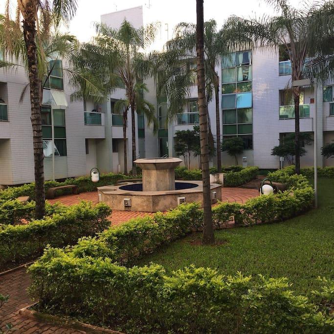 Jardim interno do condomínio