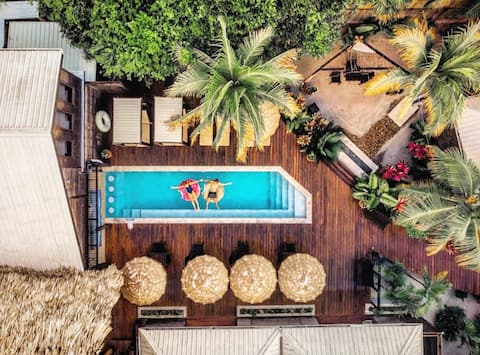 Boutique Cabana, Adults Only - pool/bikes/taco bar