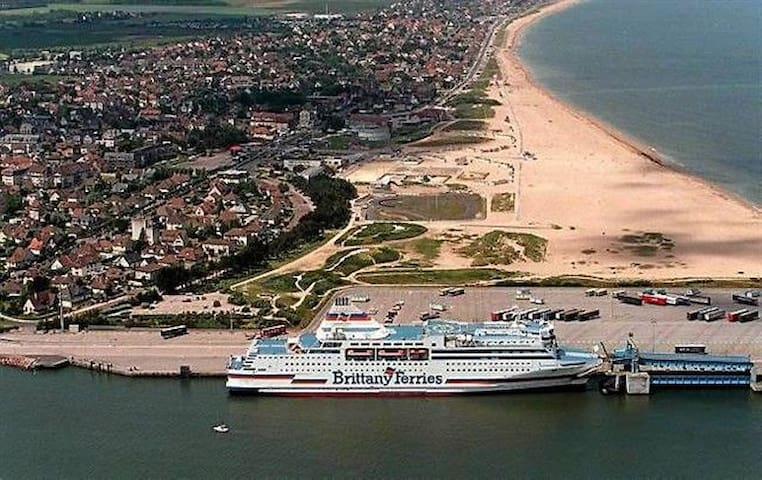 Chambre - Ferry-Ouistréham-Caen