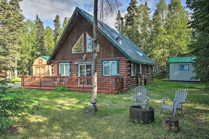 NEW! Blind Bear Lodge ~1 Mi to Kenai River Fishing