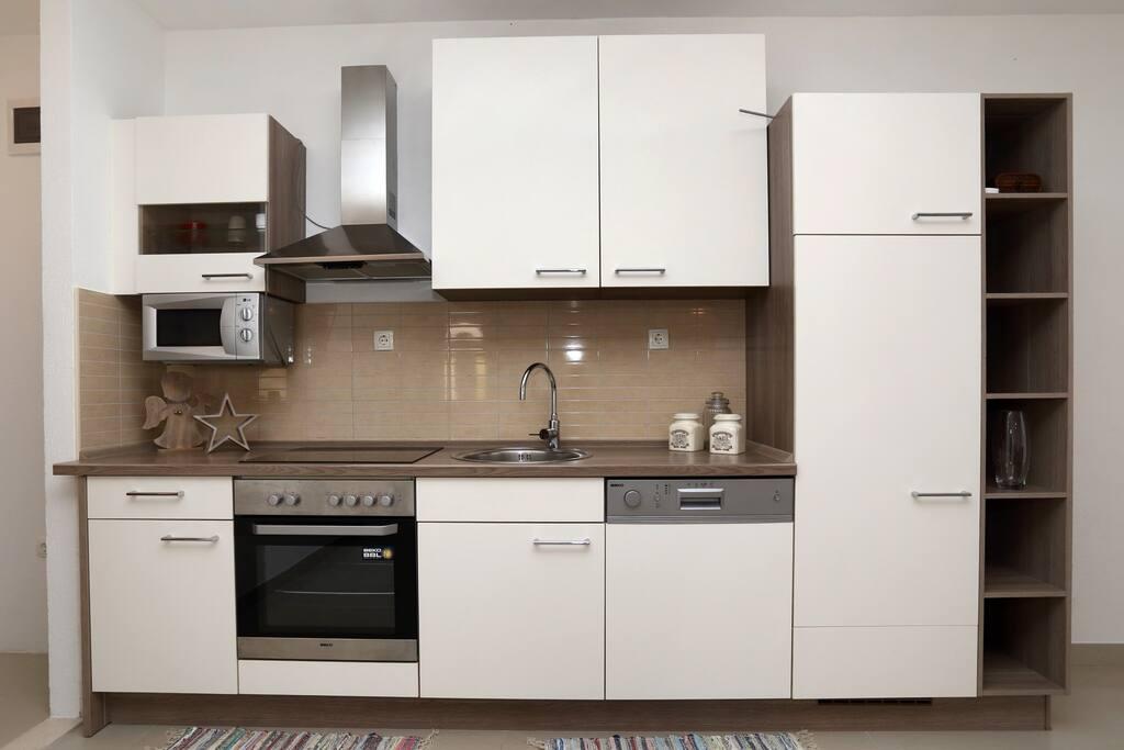 Ground floor apartment/Beige