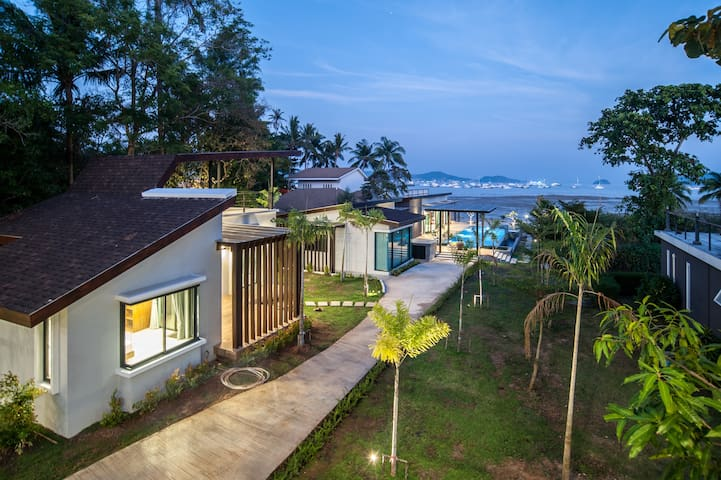 Sea Space Villa, Deluxe 1-Bedroom Villa ( A1 ) - Rawai - Vila