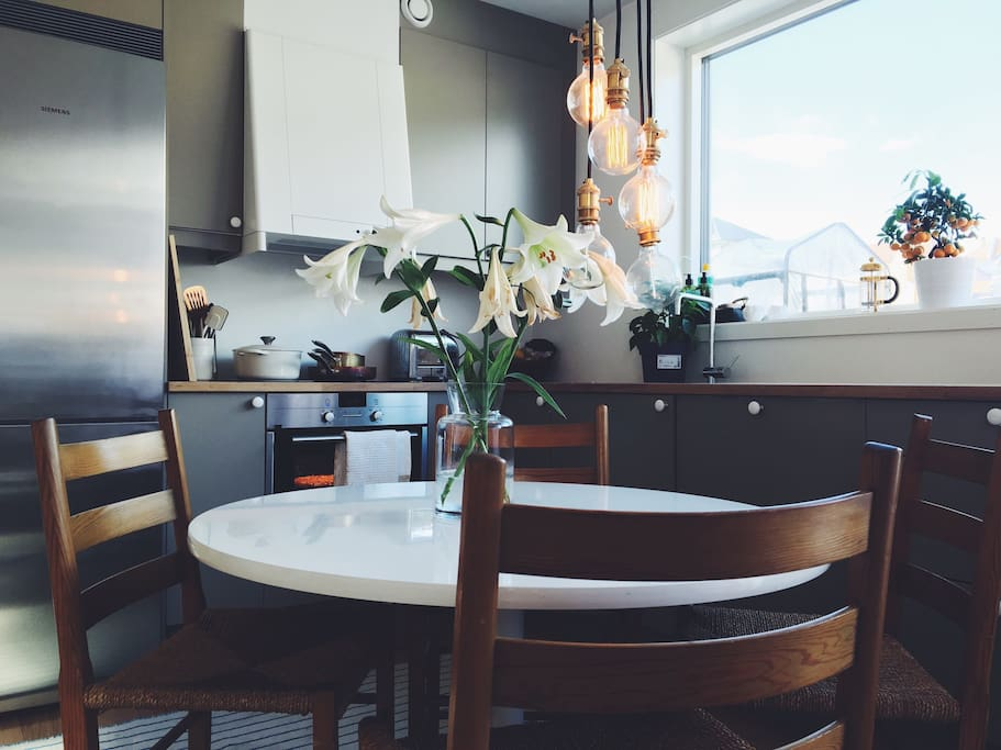 """Dining table with classic norwegian """"jær"""" chairs"""