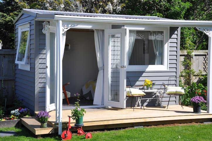Garden Cottage Retreat.