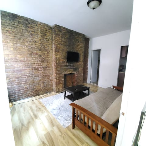 Cozy apartment near Columbus Circle/Central Park