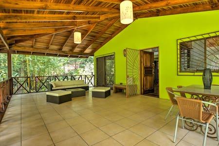 3BD RENEW Tropical Garden Home in wildlife refuge - Provincia de Limón - 独立屋