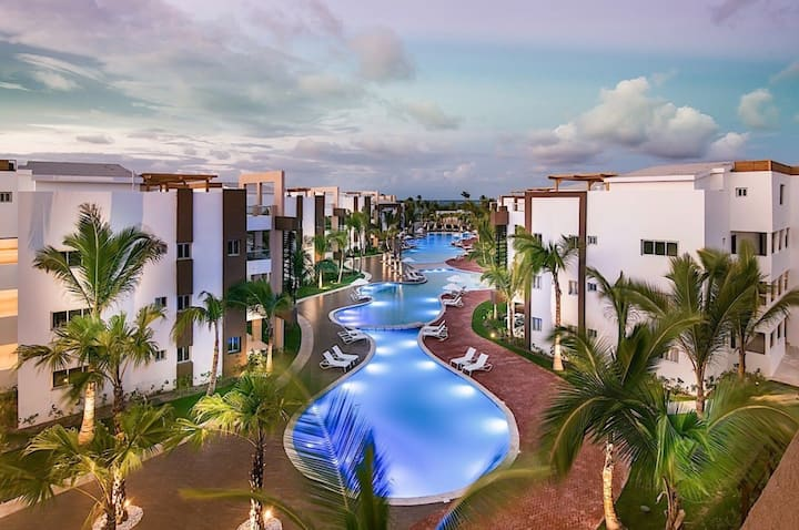 Dream Stay Punta Cana 3Bdr 2.5 Bath w/hot tub