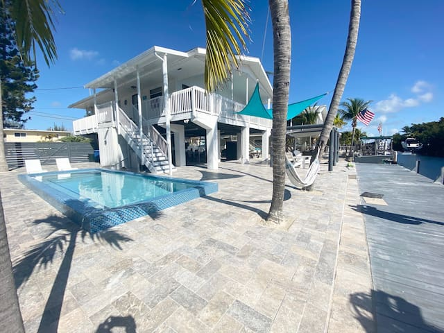 Key Largo canal front home with pool, ramp & dock!