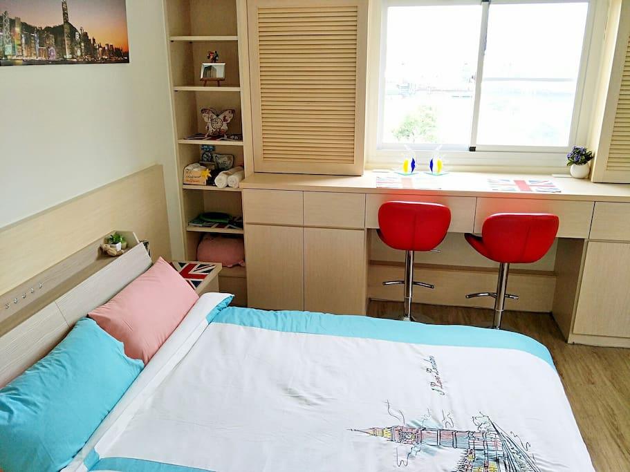 因為光照,舒適的床,清新的空氣,溫馨的佈置,讓旅行的朋友有家的感覺~