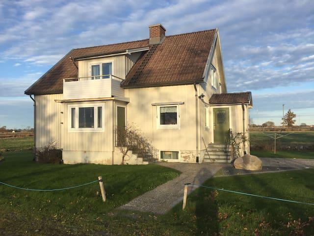 Månsa gård, Blixtorp Varberg