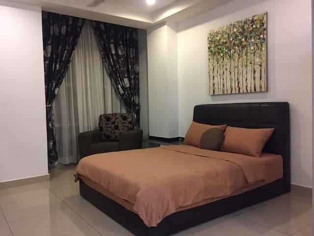 Studio Unit At An Ideal Location - Subang Jaya - Apartamento