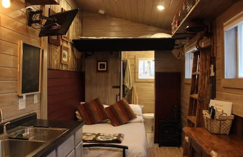 Cozy TinyHouse in the woods