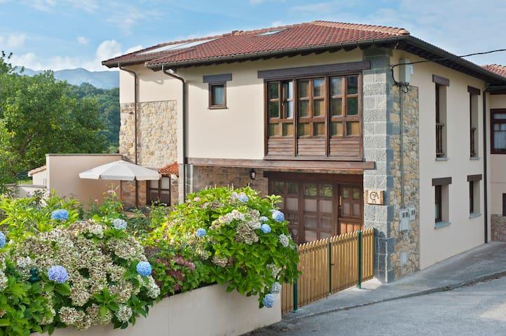 Casa de aldea Larrionda 31.Asturias