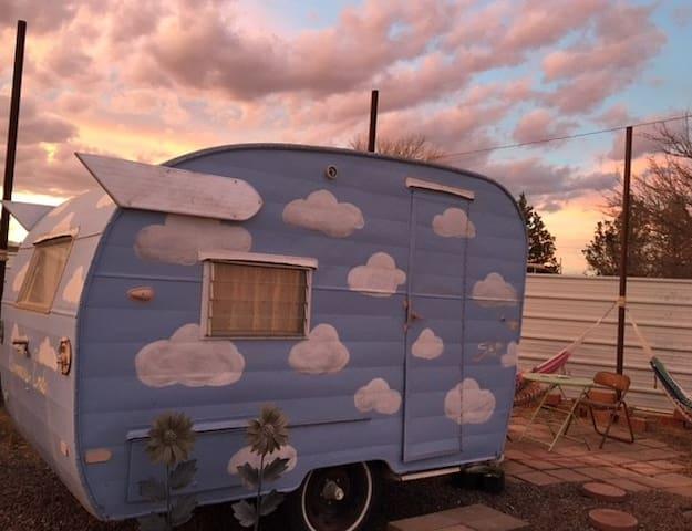 Summer's End Mini Trailer
