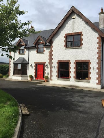 Beautiful home in suburbs of Sligo. - Sligo - Dom