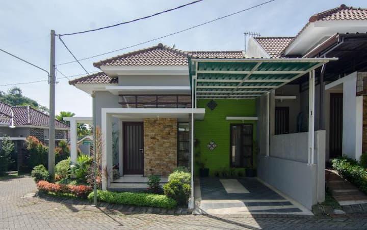 Villa Keluarga Sakinah 2