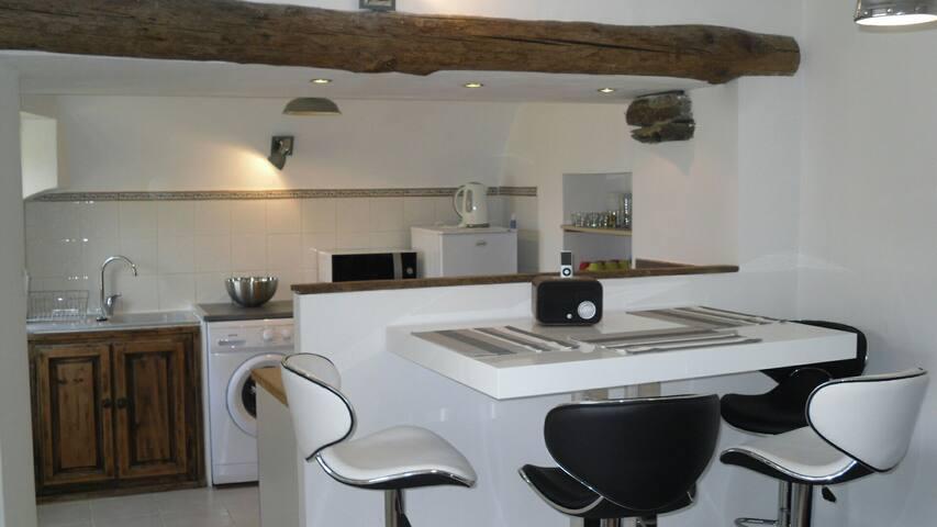 Joli appartement refait à neuf - San-Martino-di-Lota - Daire