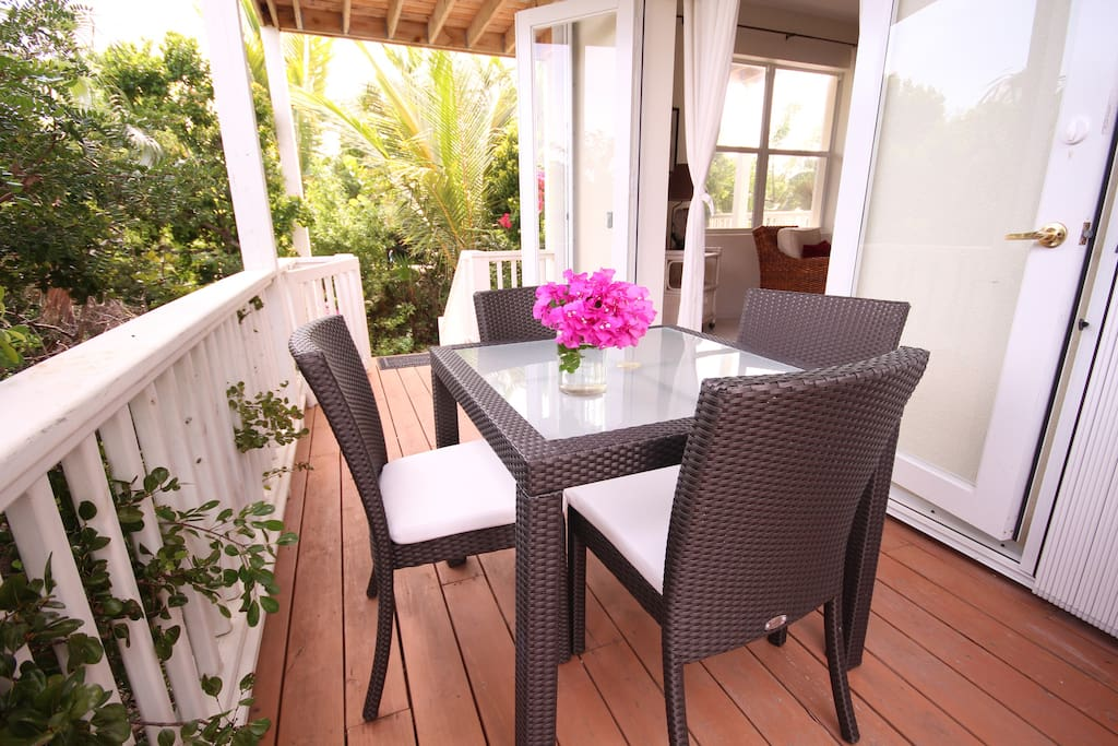 Large deck and outdoor dining garden suite