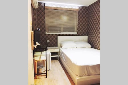 HOT!! Doublebed room Dongdaemun - Jung-gu