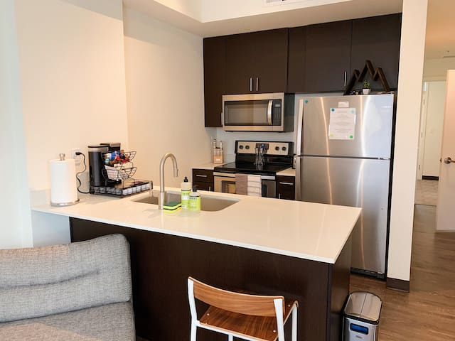Campus living, steps from University of Idaho!