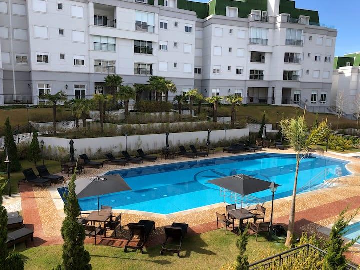 Apartamento de Alto Padrão ao lado do Capivari - 1
