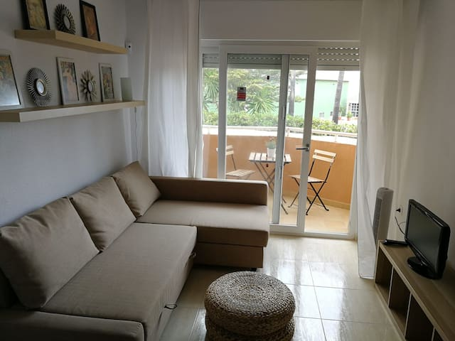 El salon con sofa cama