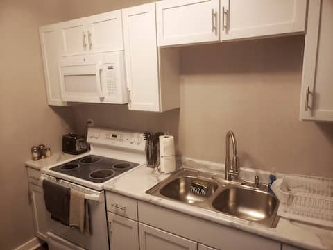 Newly Renovated Apartment in Indianola