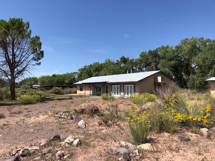 Bosquecito Preserve - birder's retreat on the Rio
