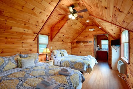 #03 Beautiful Hewn Cedar Log Cottages