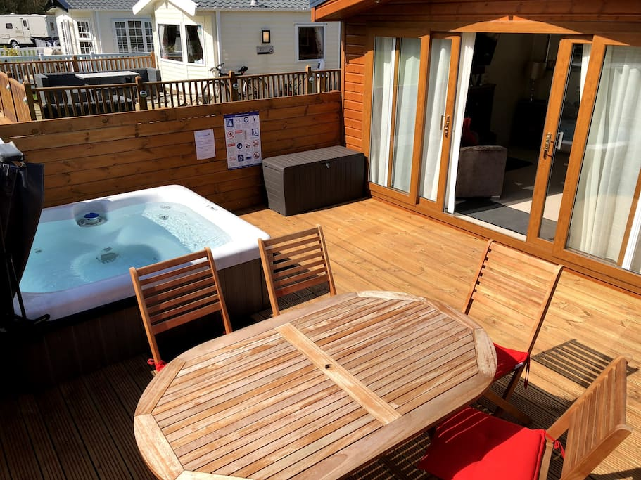 Great decking area, with plenty of room for enjoying your meals, any time of the day.