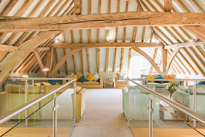 Great Higham Barn Complex - Reduced rates for 1/2 households until 20th June