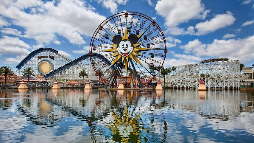 Upscale Retreat near Disneyland! - Anaheim - Huoneisto