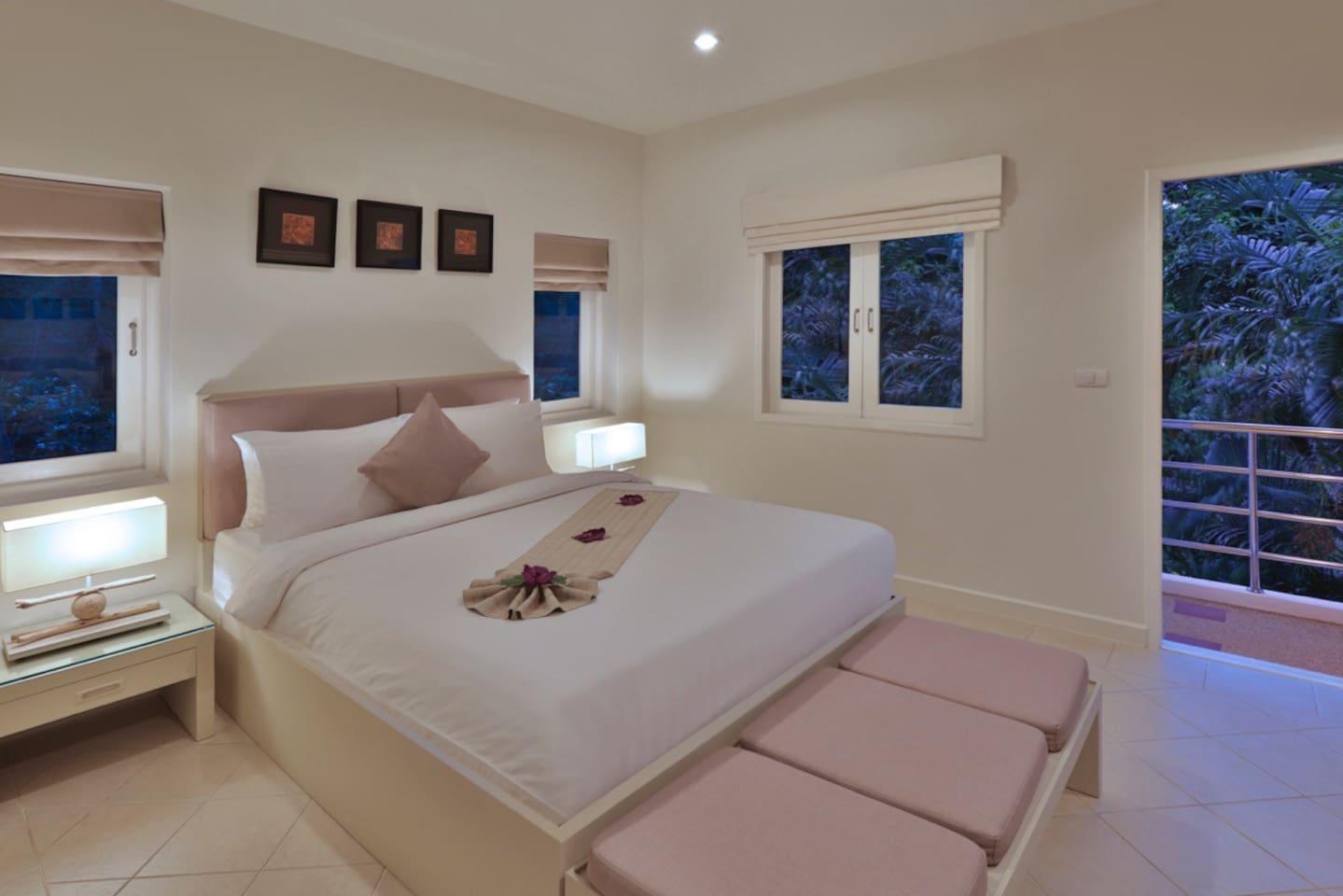 The Gardens - Luxury 2 Bedroom Villas with Pool