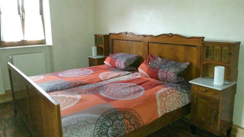 Schlafzimmer 1 OG für 2 Personen