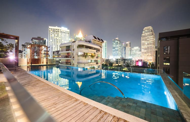 Luxury1BR-E@Asok&NaNaBTSw/KingBed【24hCheck in】2~4P