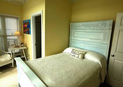Joys room A - Rumah