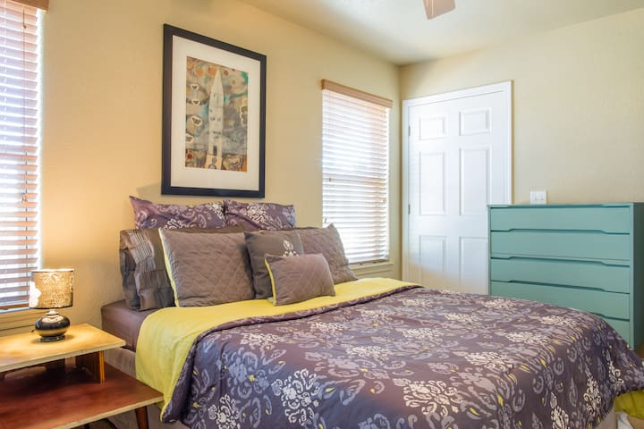 Queen bed and fresh linens