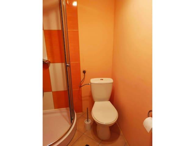 Pokój dwuosobowy z prywatną łazienką -U Bartka III