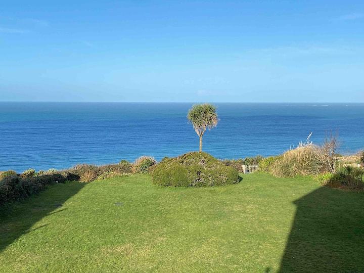 Sea View Apartment by Carbis Bay Beach + Parking
