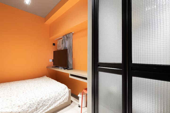 Cozy studio in the heart of HONG KONG Double bed B