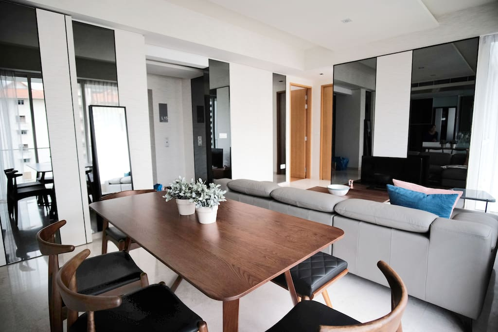 1st floor - Private access lift that opens into living room