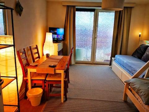 PRIVATE-Room No. 1+Central+Balcony+free Wifi