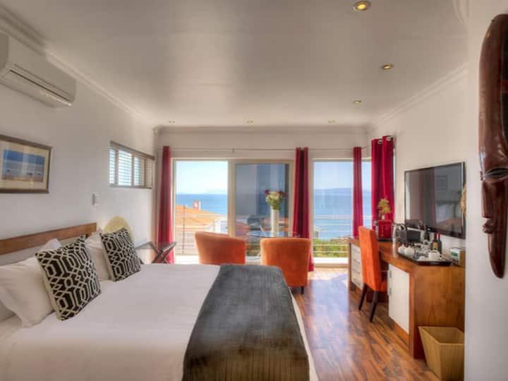 Sea Star Lodge - Master Suite