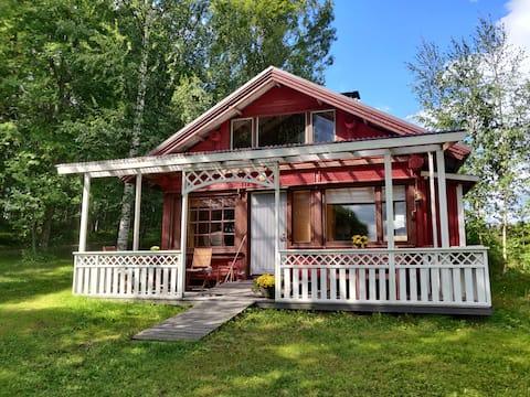 Cozy Retro Cottage