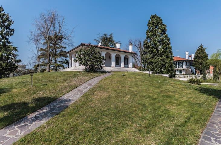Villa Magnolia: close to Venice & free parking