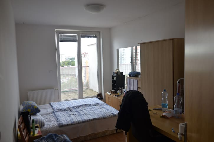 Double room + double couch in salon, roof terrace