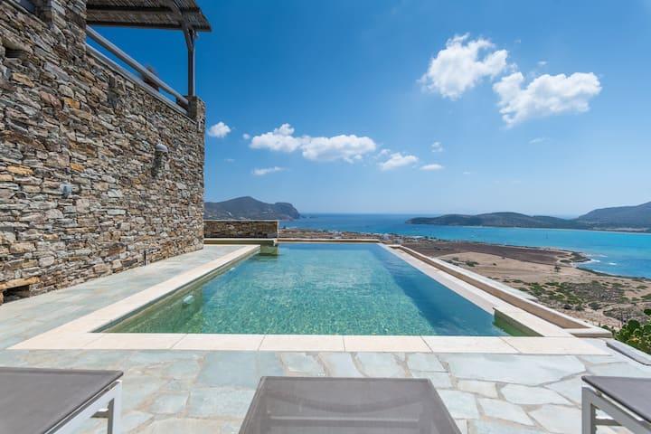 Villa Despotiko with breathtaking views