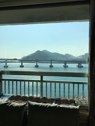 Best view to Gwanganli Beach,Busan - Gwanganli - Huoneisto