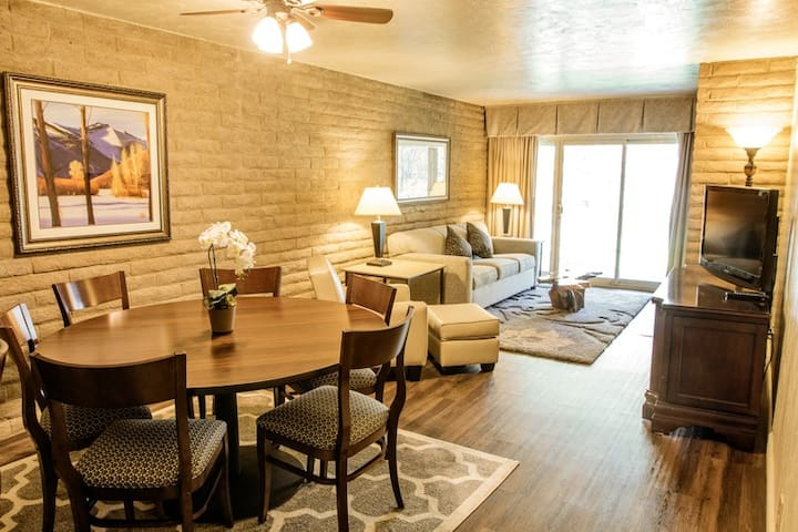 Discounted Beautiful 2 BD Resort in Vail 4/22-4/29 - Vail - (ไม่ทราบ)